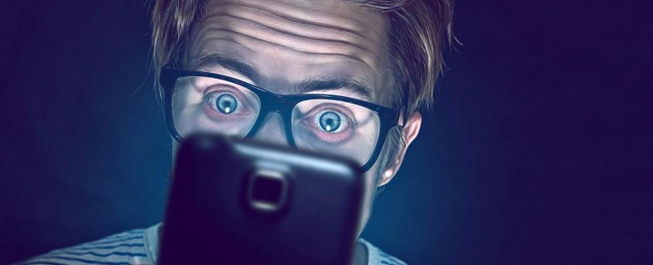 luz-azul-lentes-para-computadora-redes-sociales
